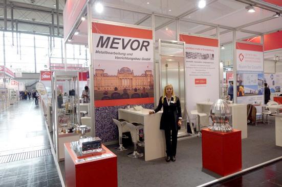 MEVOR Metallbearbeitung und Vorrichtungsbau GmbH - Vorrichtungsmontage - Ausstellung auf Fachmesse